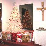 tree-gifts-and-Table-150x150